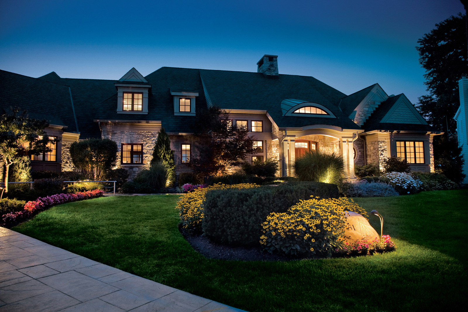 6 Reasons to Invest in Outdoor Lighting - Medford Design-Build