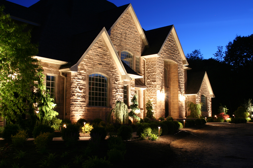 Garage Lighting Curb Appeal And Safety Texas Outdoor Lighting