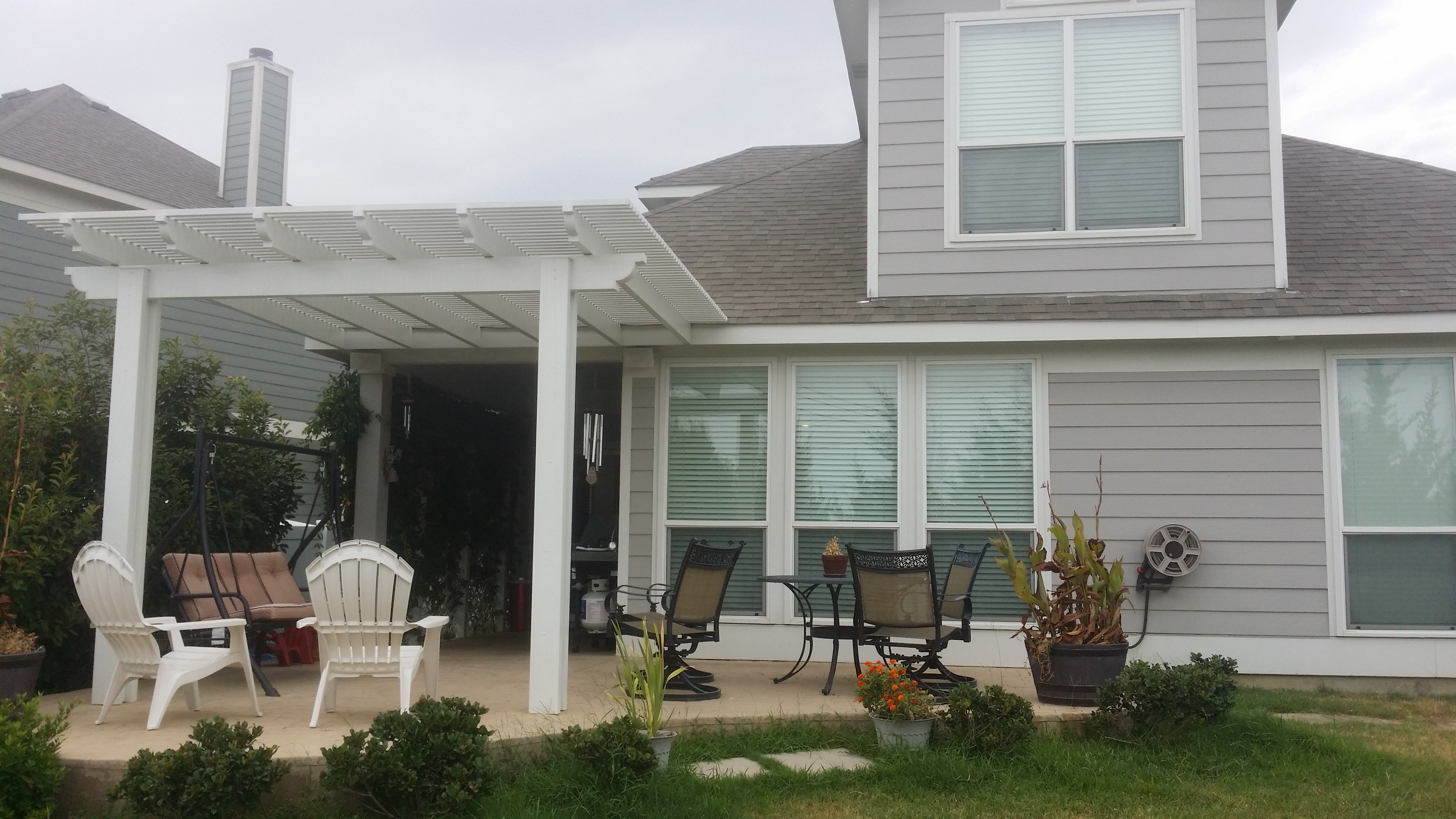 An Outdoor Patio Be es A Cozy Family Dining Room Medford