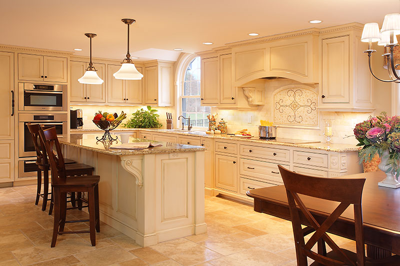 Why is custom cabinetry the best choice for your kitchen for Custom kitchen remodeling