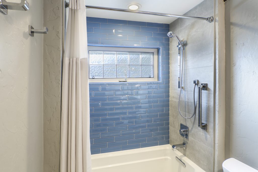 An Open & Airy Guest Bath Suited for Two