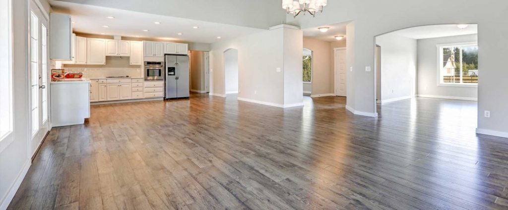 Hardwood Flooring Vs Luxury Vinyl Plank Flooring
