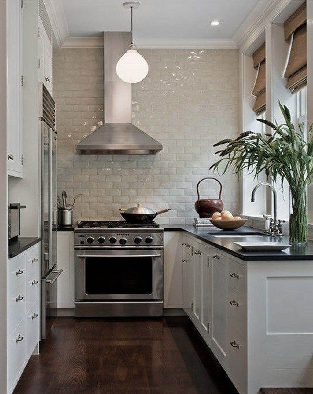 4 ways to make the most of a small kitchen remodel for Kitchen setup ideas